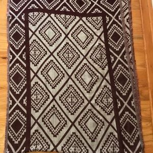 Cotton On Scarf 76x28 1/2 inches